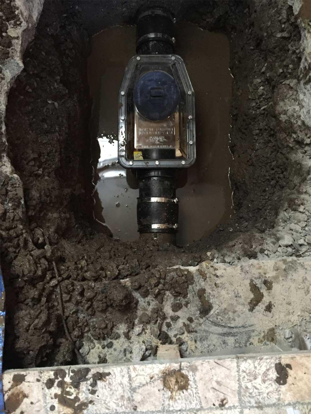 égout, Bruits bizarres dans la tuyauterie, égout qui s'égoutte lentement et mauvaises odeurs ?, Plomberie Ren-Ga, Plomberie Ren-Ga