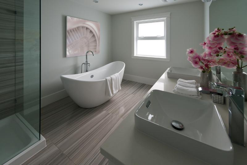 Rénovation de salle de bain, Rénovation de salle de bain, Plomberie Ren-Ga